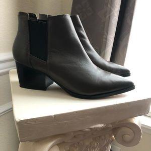 Steven by Steve Madden Grey Booties, Size 7.5